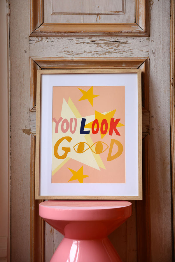 Affiche encadrée you look good elise chalmin
