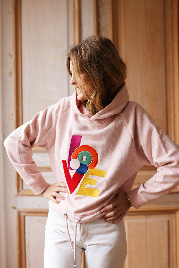 Le sweat brodé Sonia rose