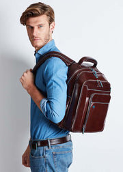 Piquadro Computer backpack with iPad/iPad®Air compartment Blue Square - Mahogany - London Luggage