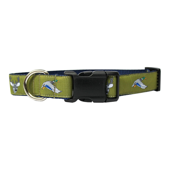 Mossy Green Ducks and Bucks Dog Collar