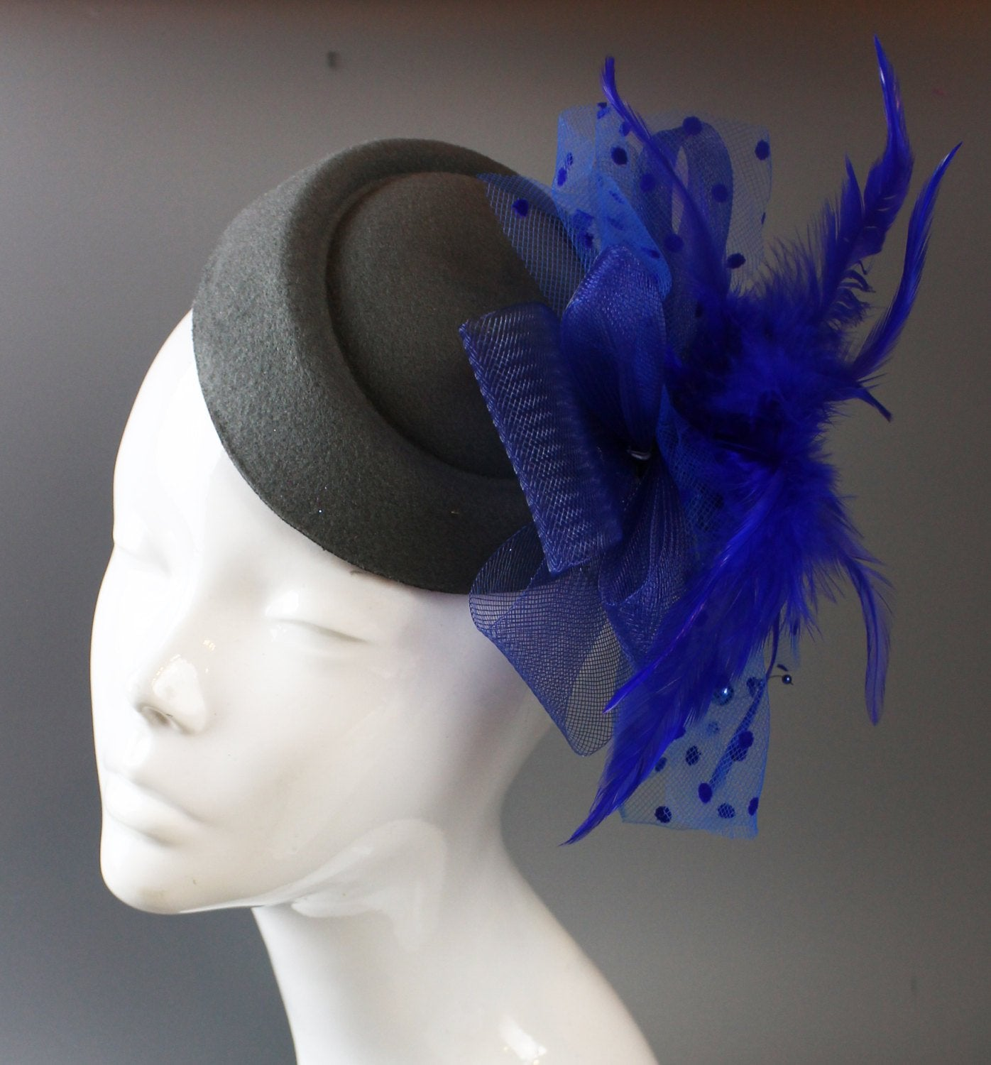 Caprilite Grey and Royal Blue Fascinator Hat Pill Box Veil Hatinator UK Wedding Ascot Races Clip Felt