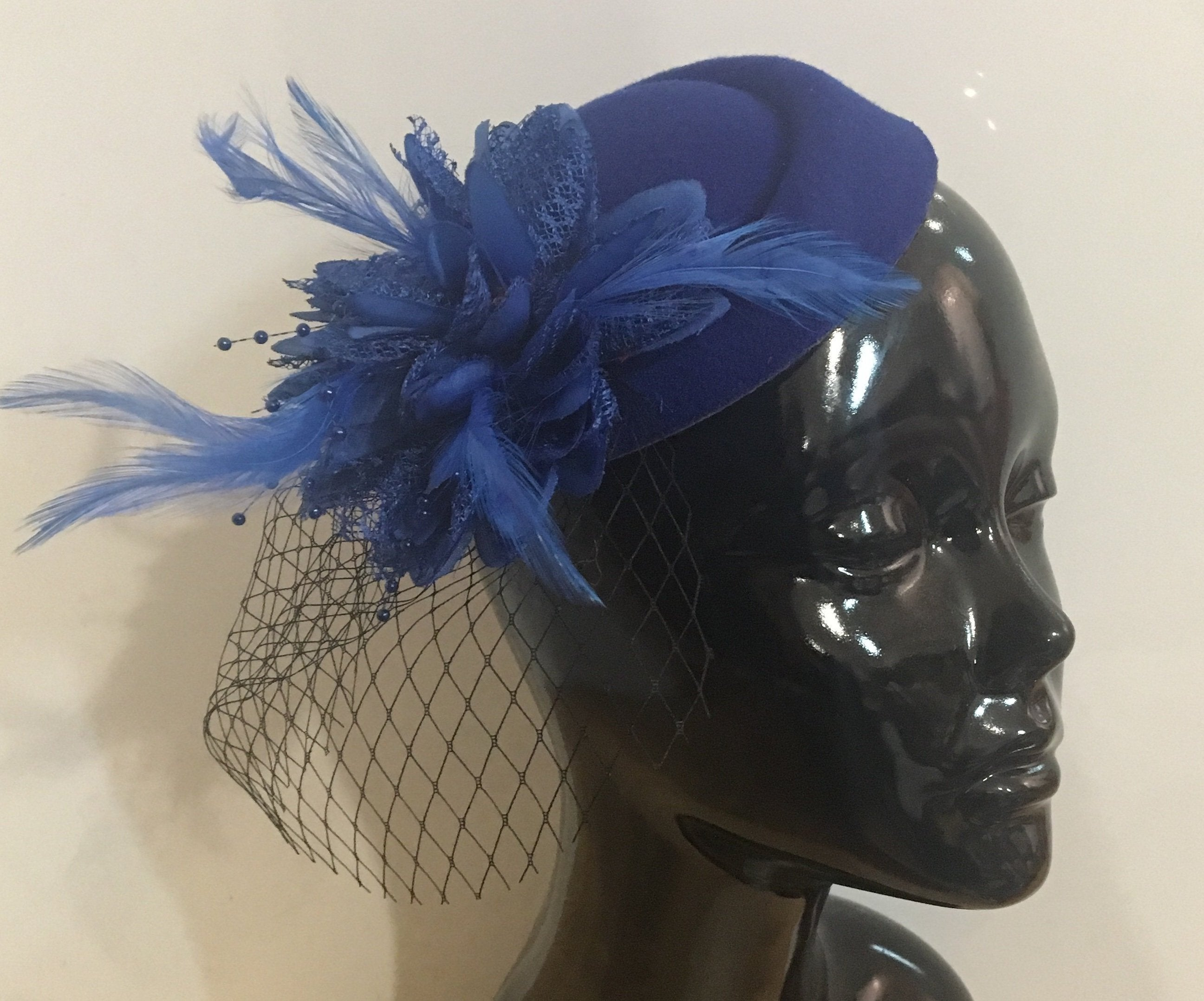 royal blue FASCINATOR HATINATOR hat flowers   CLIP WEDDING RACES HAIR  vintage