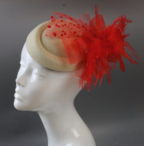 Caprilite Cream Ivory and Red Pill Box Veil Hatinator UK Wedding Ascot Races Clip Felt