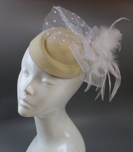 Caprilite Cream Ivory and White Pill Box Veil Hatinator UK Wedding Ascot Races Clip Felt