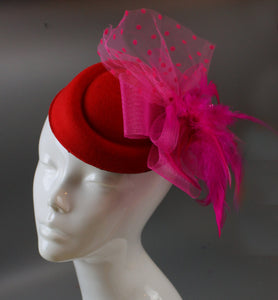 Caprilite Bright Rose Red and Fuchsia Fascinator Hat Pill Box Veil Hatinator UK Wedding Ascot Races  Clip Felt
