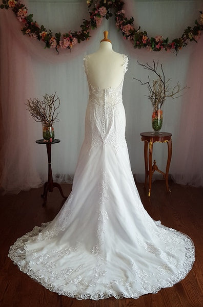 Trumpet Wedding Gown With Crystal Sash