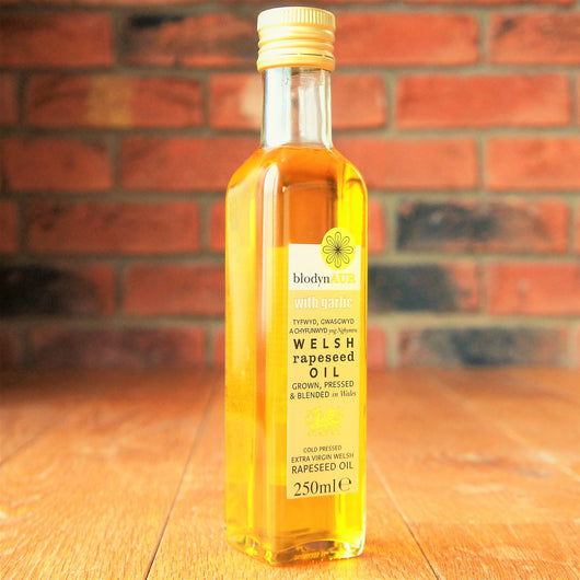 Blodyn Aur - Welsh Rapeseed Oil with Garlic - Taste of Wales