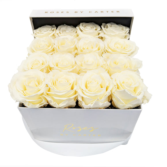 White Lux Box - Champagne 1 Year Roses