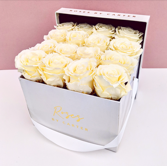 Signature & Velvet Collection - 1 Year Roses