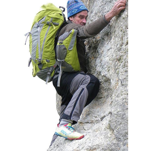 Aarn pivoting balance pockets used when climbing