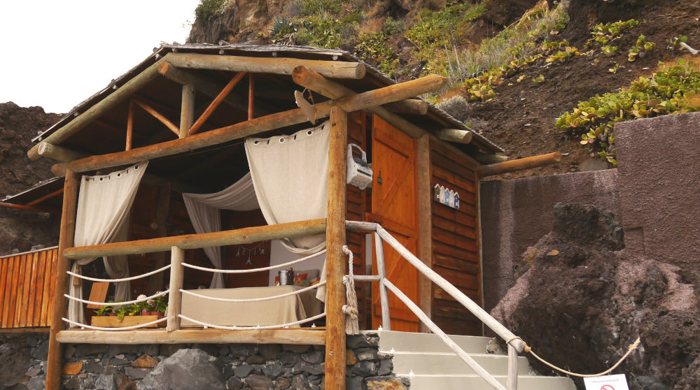 VILDNIS sustainable holiday - eco hut Madeira