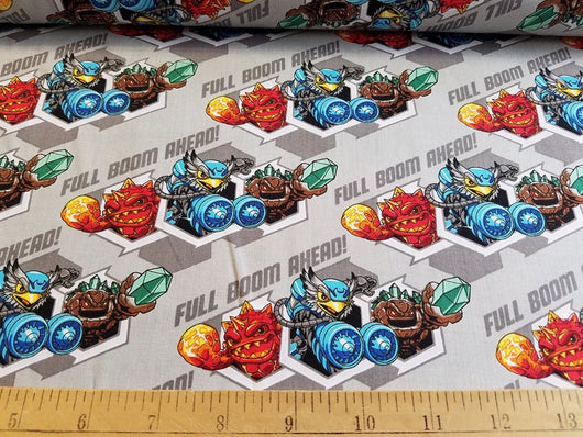 Skylanders: Character Honeycomb on Grey- Cotton Woven