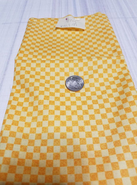 Remnant #917-41:  Cotton Woven: Yellow Check 1/2y