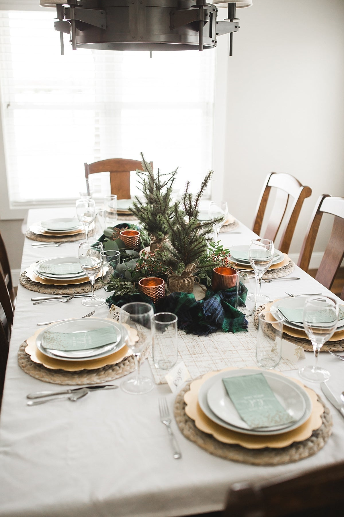 Christmas entertaining, tablescape, holiday decor