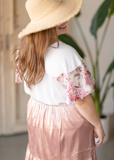 White Ribbed Floral Sleeve Top