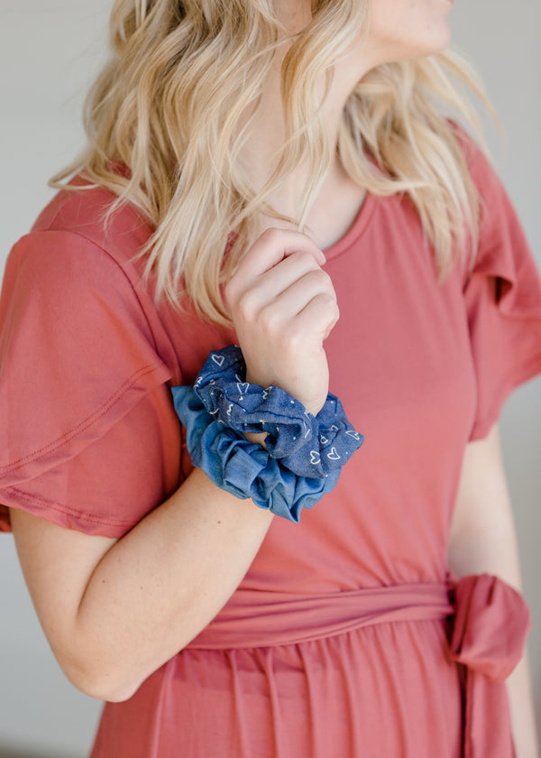 Inherit Co.  | Girls Modest Clothing | Chambray Heart Bow Scrunchie Set