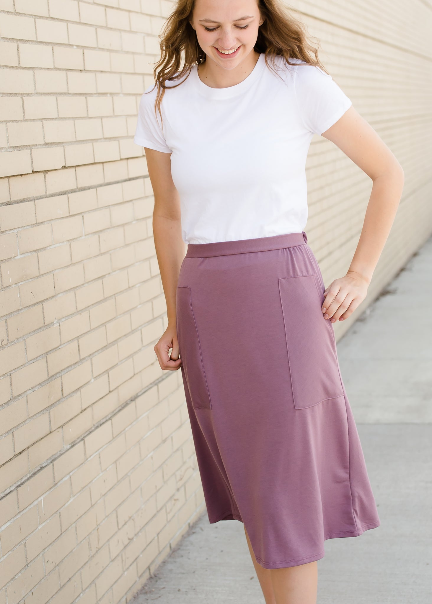 Mauve and Black Knit Midi Skirt With Pockets