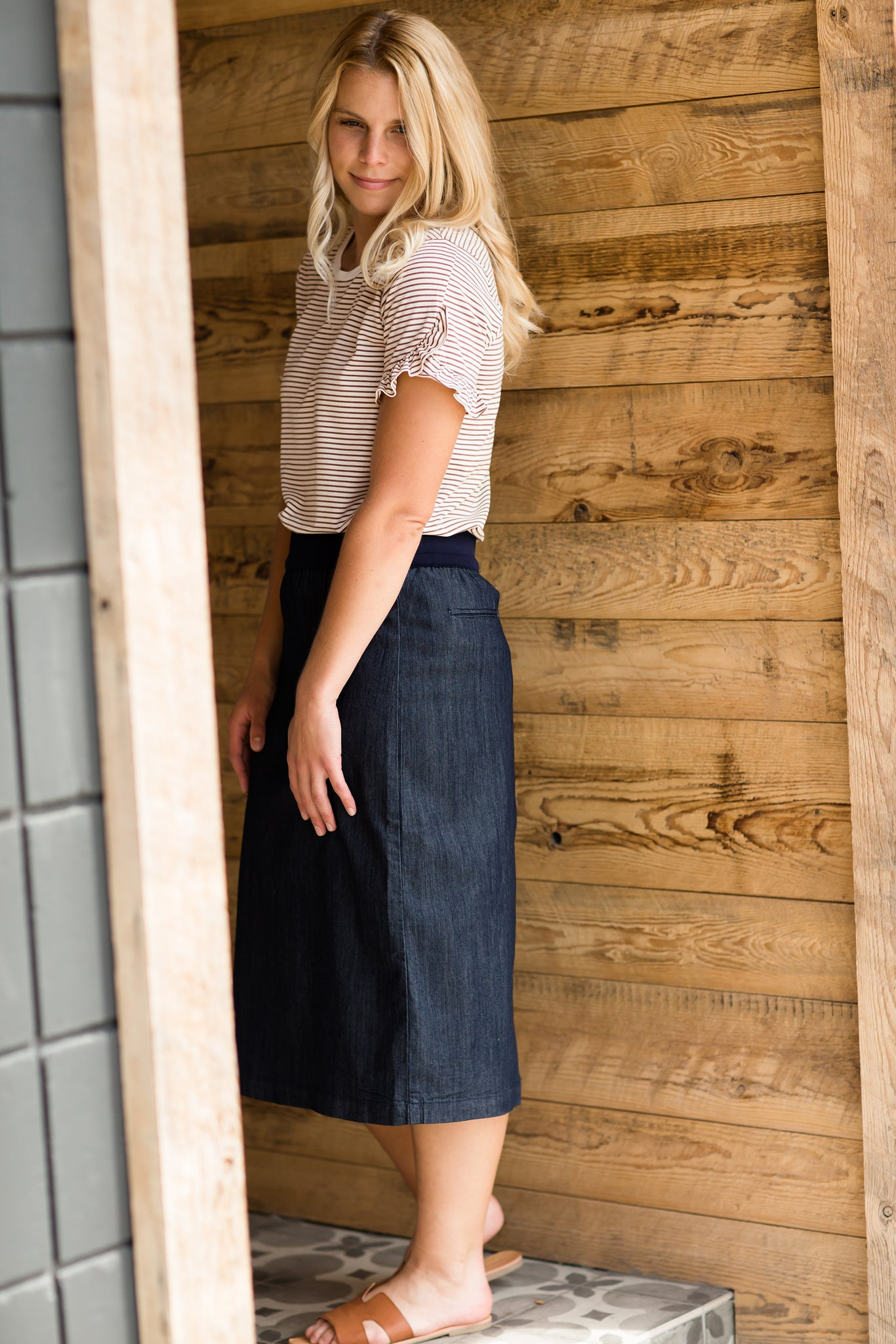 Women's modest light denim comfort band skirt