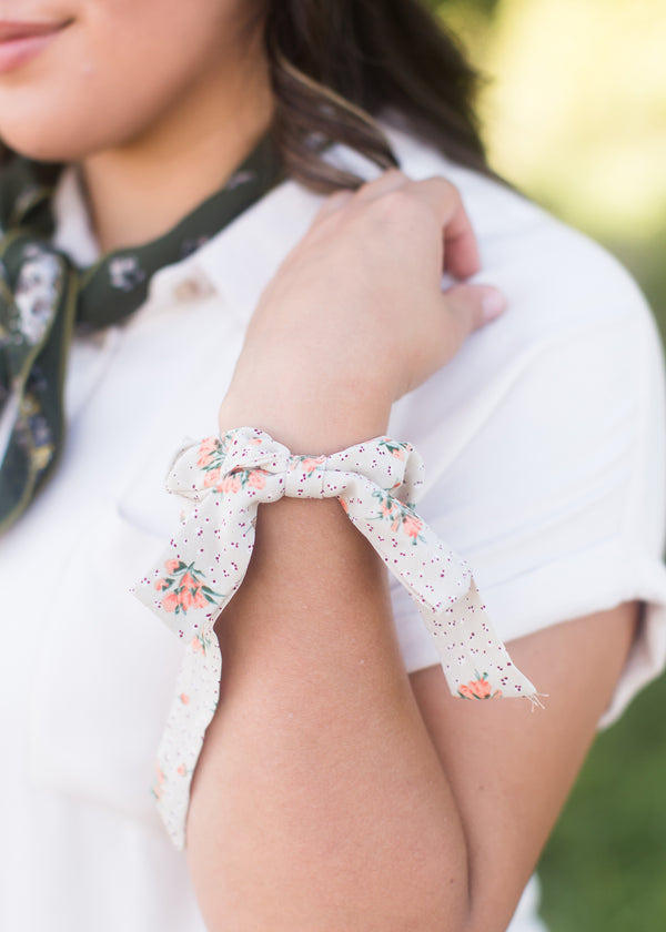 Inherit Co.  | Women's Shoes & Accessories | Orange Floral Bow Hair Scrunchie | orange and cream floral bow scrunchie