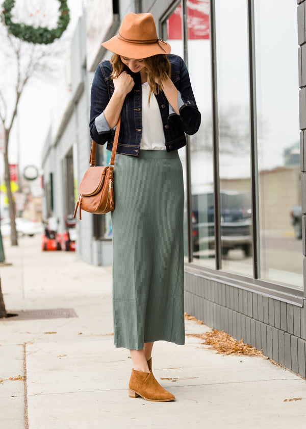 Inherit Co.  | Modest Women's Skirts | Ribbed Knit Stretch Midi Skirt