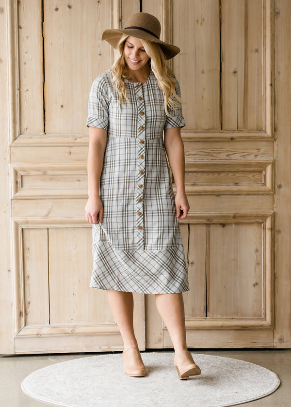 Inherit Co.  | Women's Modest Dresses | Button Up Plaid 1/2 Sleeve Midi Dress