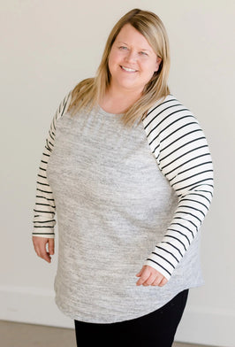 Inherit Co.  | Modest Plus Size Clothing | Neutral Print Pocket Top |