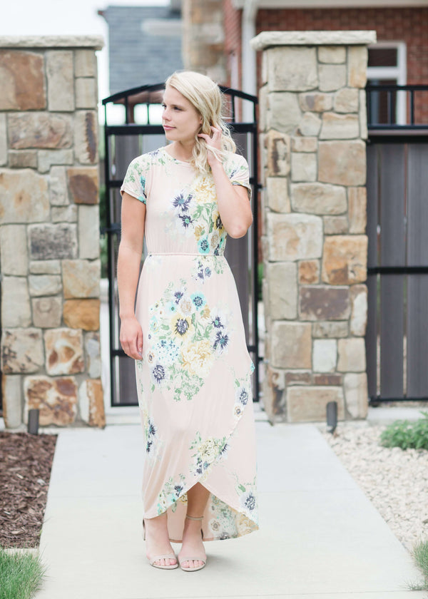 Inherit Co.  | Women's Modest Dresses | Cora Maxi Dress-FINAL SALE | maxi length floral dress with elastic waist that comes in blush, mint or navy florals.