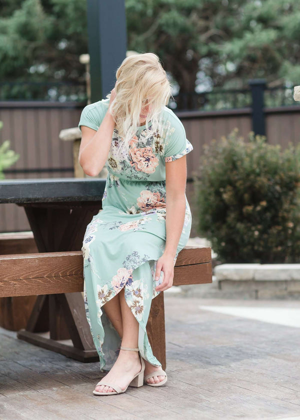 Inherit Co.  | Women's Modest Dresses | Cora Midi Dress-FINAL SALE | midi length floral dress with elastic waist that comes in blush, mint or navy florals.