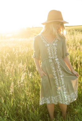 Inherit Co.  | Dress Sale | Paisley Print Cream Midi Dress - FINAL SALE |