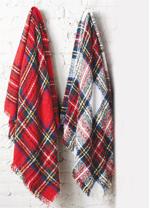 Inherit Co.  | Home + Lifestyle | Cozy Tartan Boucle Throw - FINAL SALE