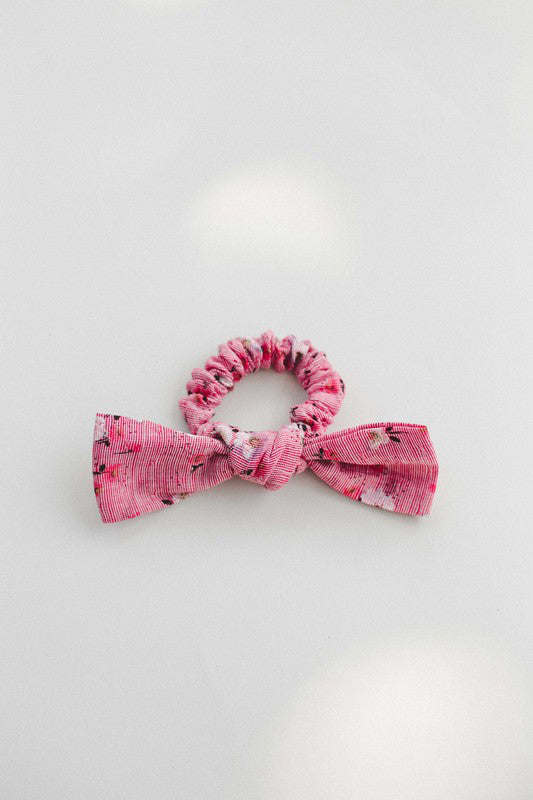 Inherit Co.  | Women's Shoes & Accessories | Sweet Floral Bow Hair Scrunchie