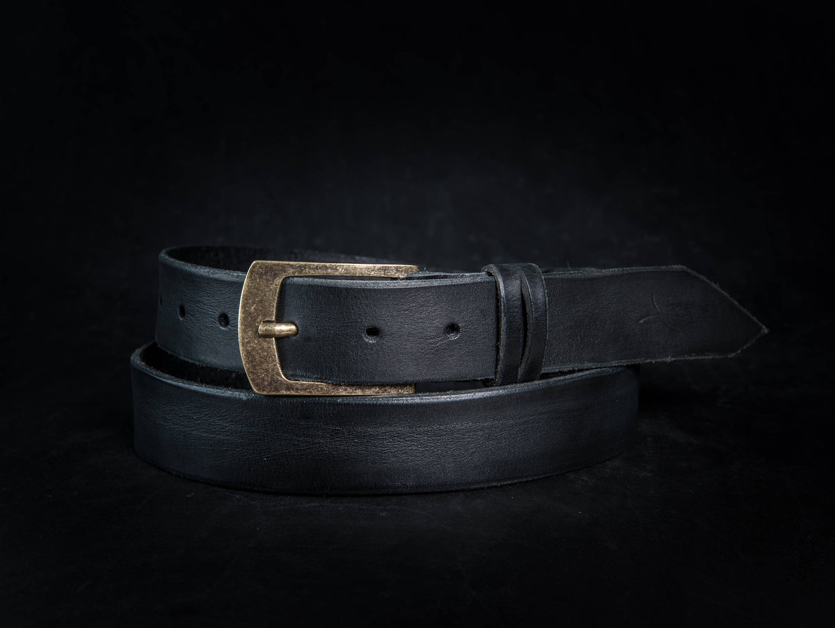 Design Leather, Black Belts, Dark Leather, Mens Leather Accessories, Men's Belt, Men's Handmade Leather, Fashion Belts, Leather Products