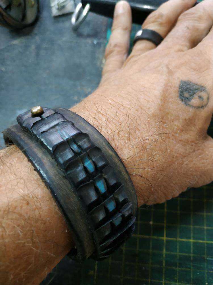 Mens Leather Bracelet, Mens Wrap Cuff, Leather Cuff, Brown Leather Cuff, Christmas Gift, X-Mas gift, Cool Leather Cuff, Gangster, Ishaor
