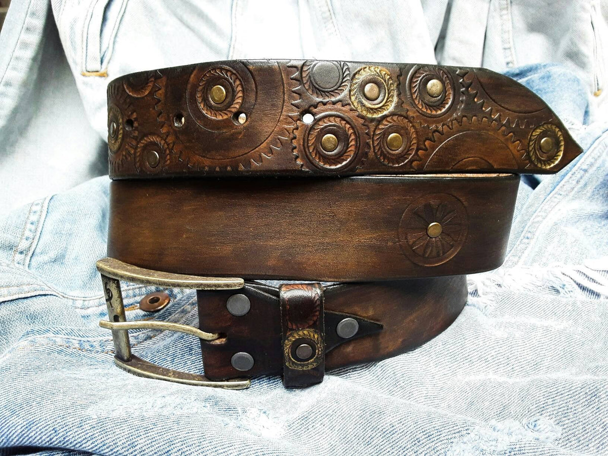 Dark Leather, Art Leather, Brown Belt, Fashion Leather, Unique Belts, Men's Fashion, Buckle Belt, Leather Products, Rustic Style, Men's Belt