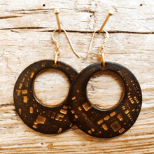 Brown leather round earrings