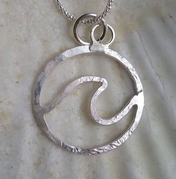 Sterling Silver Circle Wave Necklace