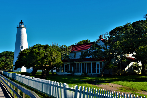 Ocracoke Lighthouse and Keepers Quarters
