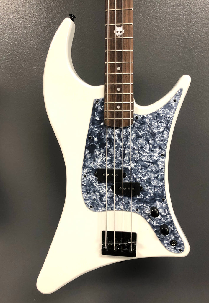 Kustom Series 18: The Wolf Bass - Sugaree • 7 left