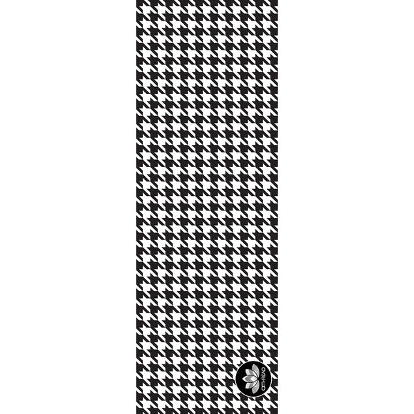 Houndstooth Yoga Mat at Alpha Thread