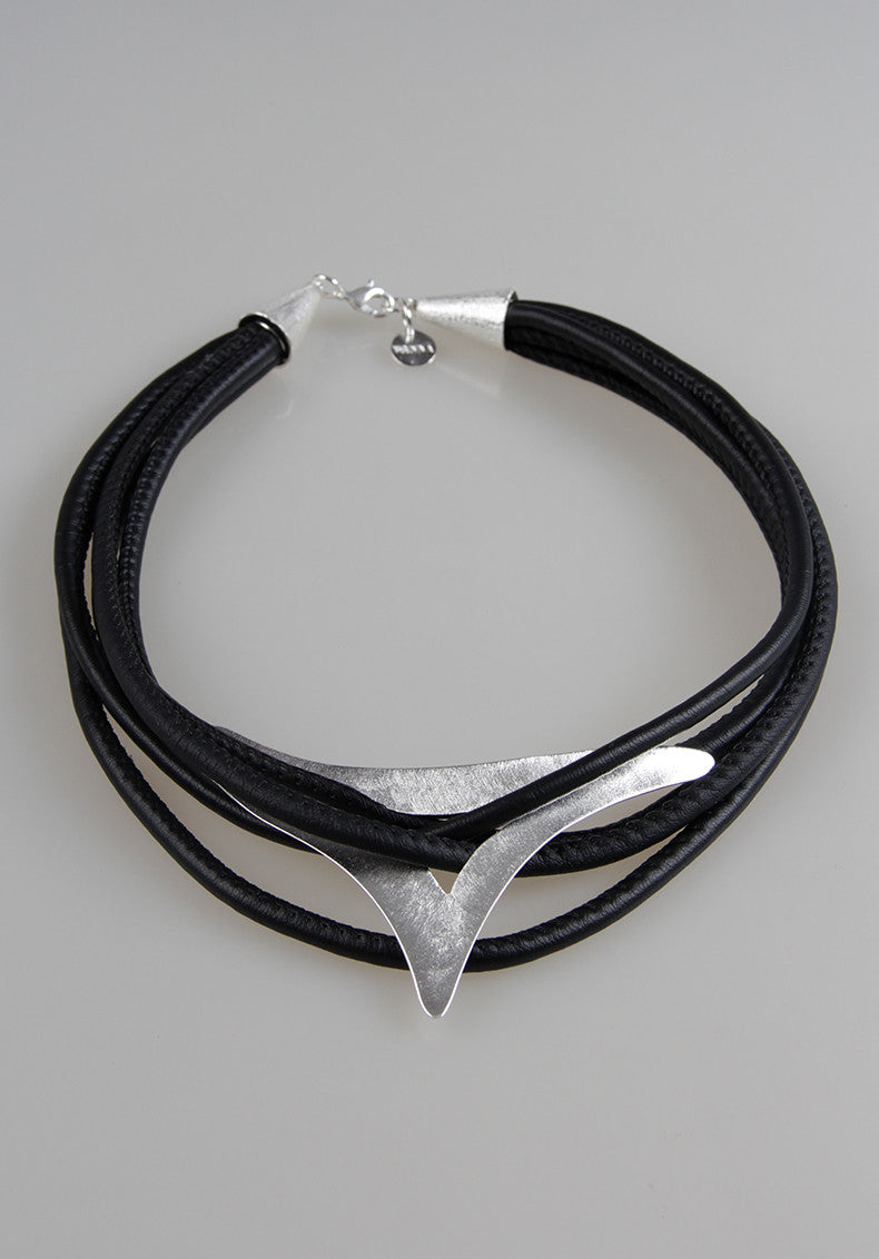 BELLA SILVER NECKLACE
