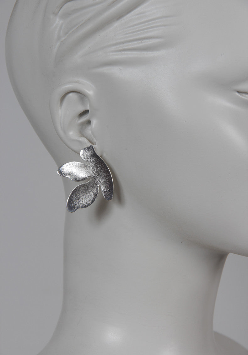 SILVER PIGEON EARRINGS