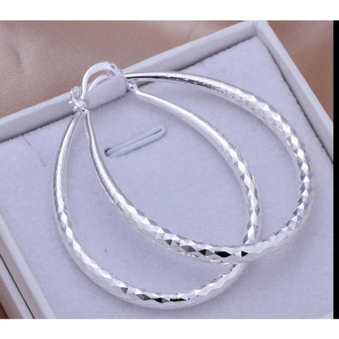 925 Sterling Silver Women's Diamond Cut Etched Oval Silver Hoop Pierced Earrings