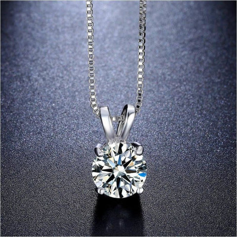 Romantic White Gold Plated Solitaire Cubic Zirconia Pendant Womens Necklace