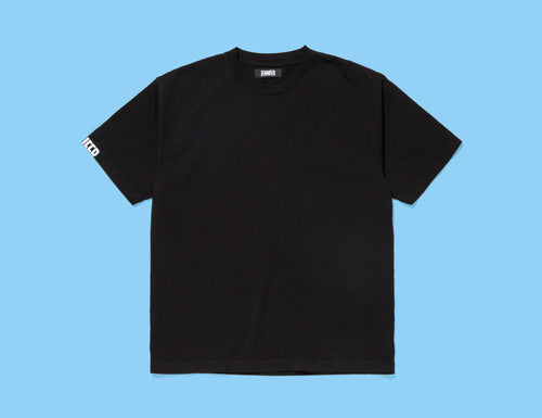 JENNIFER T-SHIRT :: BLACK