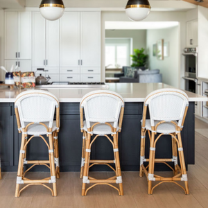 Coastal kitchen Design by Encinitas based interior designer Hanin Smith of Beachy Boheme.