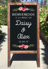 Welcome Wedding Sign - Bienvenidos A Nuestra Boda Pizarron Spanish Rustic Wedding Chalkboard Sandwich Board | Wedding Easel Sign - Heart And Hand