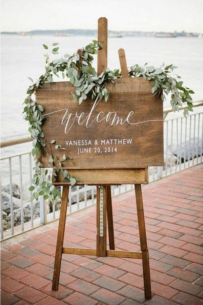 Rustic Wedding Sign - Welcome Wedding Sign Wooden Board - Heart And Hand