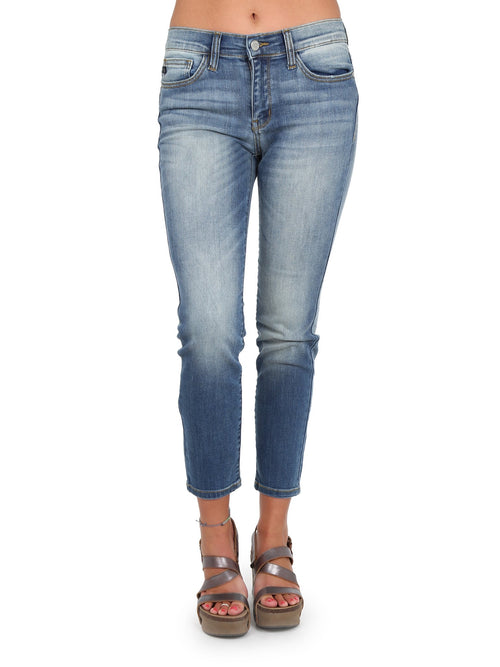 Judy Blue Relaxed Jeans
