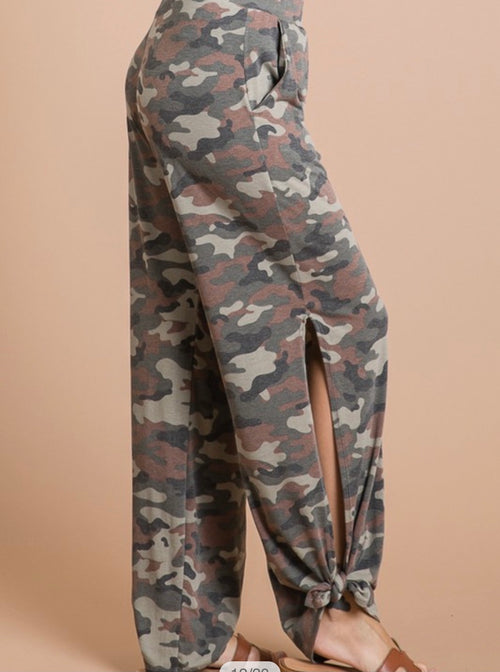 Side Split Pants- brown camo