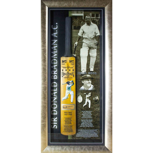 BRADMAN-Donald Bradman Bat Signed